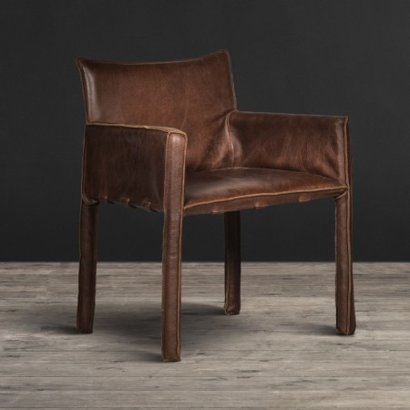Dining Chair in Throne leather
