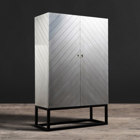 Defender cupboard in Aluminium